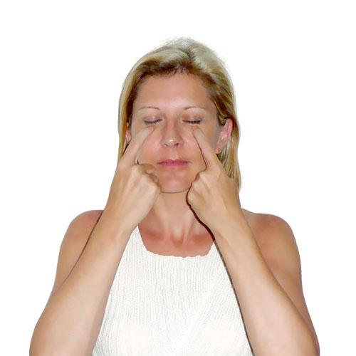 Anti-aging DIY facial acupressure